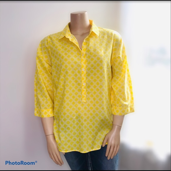 LANDS' END Yellow Buttons Pullover size 24…